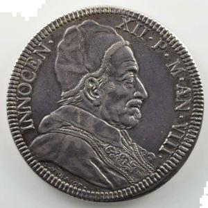 Ferdinand de Saint-Urbain   Piastre en argent  45mm   Saint-Pierre debout   1698    TTB/TTB+