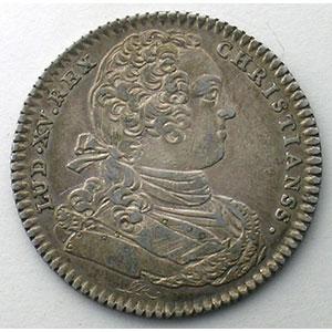 Numismatic foto  Münzen Jetons und Medaillen Jetons des alten Regims Ordinaire des Guerres jeton rond en argent   Louis XV   1733    TTB/TTB+